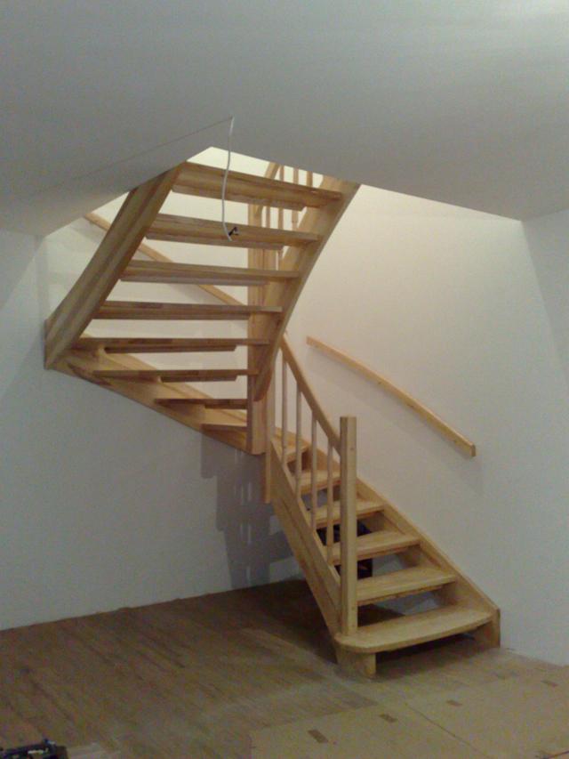 Masivne lesene stopnice